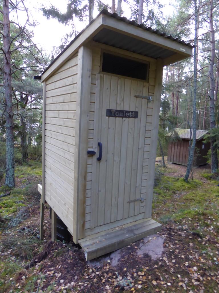 Komposteringstoalett vid Västra Moviken